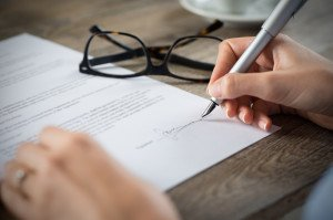 Podpisanie umowy zAgencją Rozwoju Regionalnego S.A. wKoninie